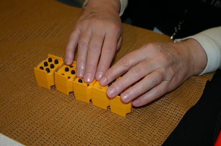 Braille cubes